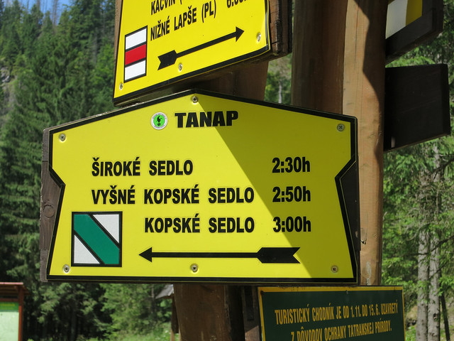 Taking the Siroke Sedlo trail.