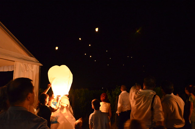 wedding_france_reception_lanterns