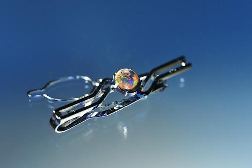 WG Tie clip. Cantera opal