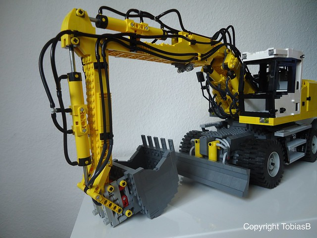 Liebherr A928 Litronic with power function