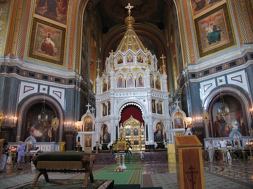 1024px-Cathedral_of_Christ_the_Saviour_in_Moscow_04