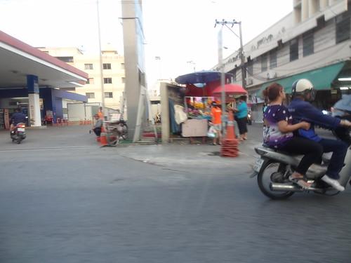2013-10-12 Scenes de rue Bangkok (5)