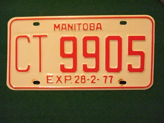 MANITOBA EXP-28-2-77 ---COMMECIAL TRUCK PLATE #CT-9905