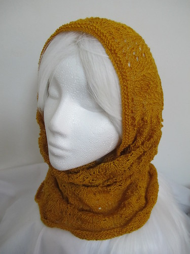 Gold silk feather & fan snood