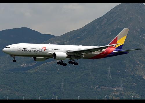 B772 - Boeing 777-28E(ER)