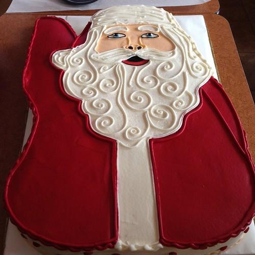 Santa statue cake