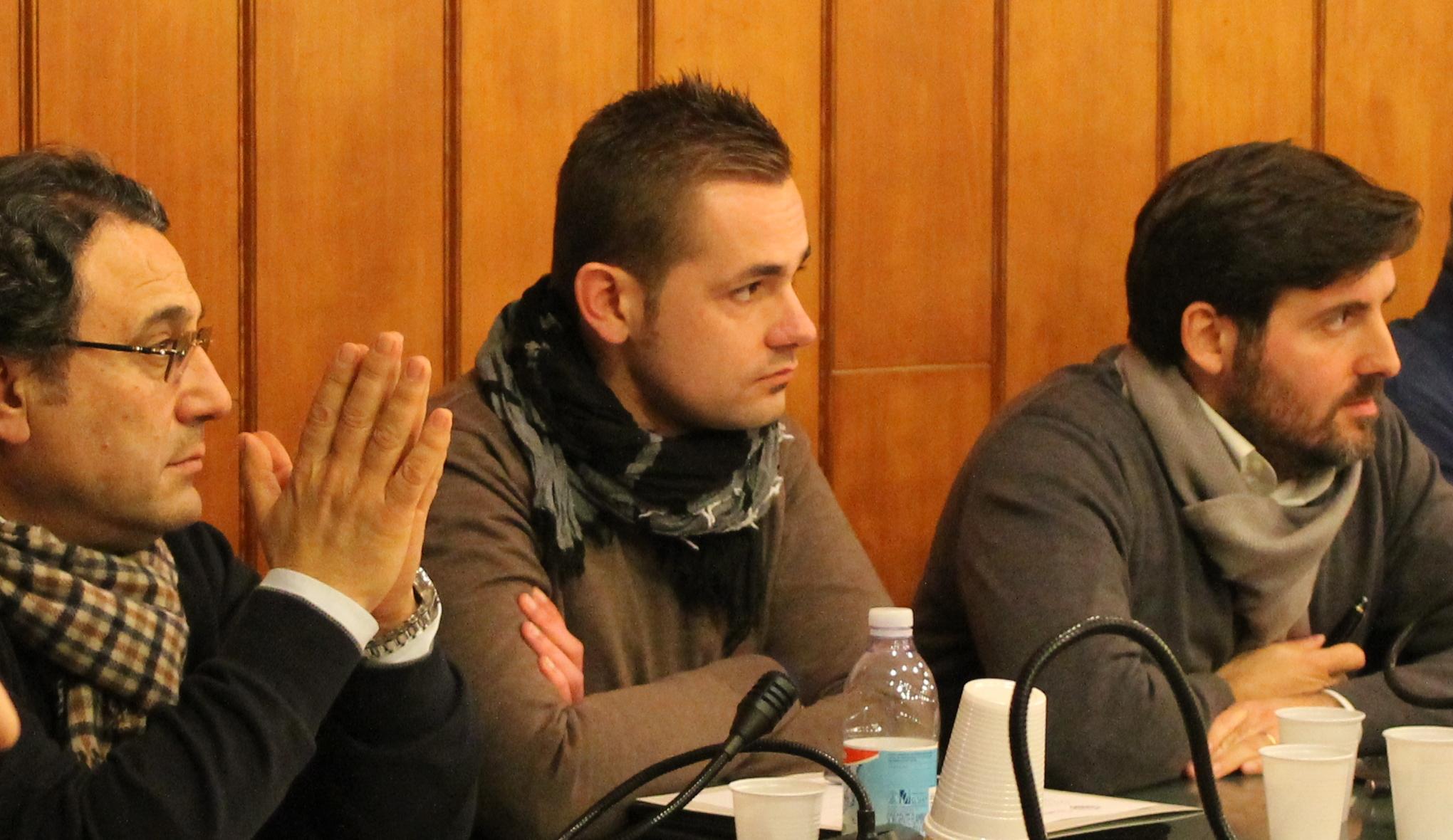 A destra, Oronzo Valentini