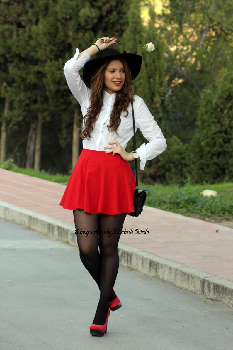 falda-roja-de-vuelo-HEELSANDROSES-(3)