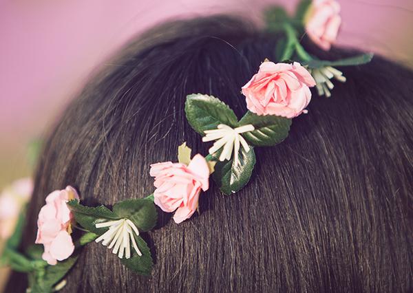 birthday, flower crown, fashion blog, בלוג אופנה, אפונה בלוג אופנה, זר פרחים, זר יומולדת