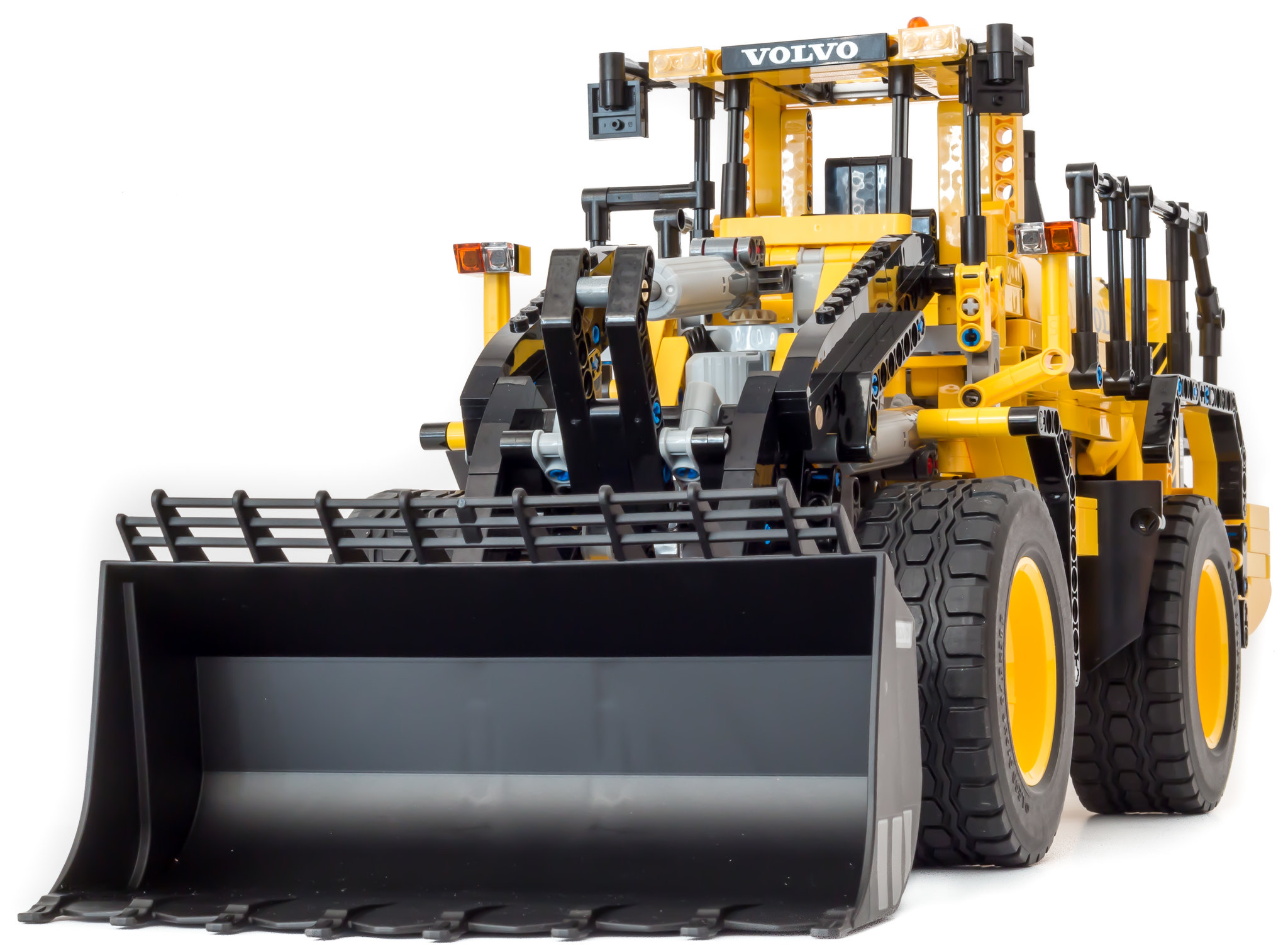review 42030 volvo l350f wheel loader lego technic. Black Bedroom Furniture Sets. Home Design Ideas