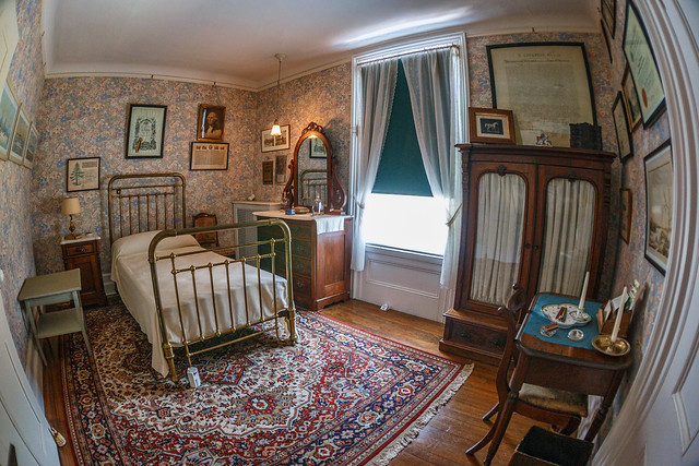 FDR's Childhood Bedroom