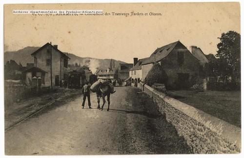 Aramits : Croisement des Tramways Tardets et Oloron