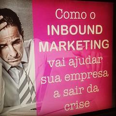 """Tudo (quase) pronto pro webinar que vai rolar daqui algumas horas: """"Como o inbound marketing vai ajudar sua empresa a sair da crise"""". *************** Se você não se inscreveu, corre que ainda dá tempo. O link de inscrição está na minha bio. Acesse http://"""