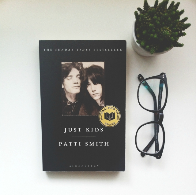 uk lifestyle blog book blog vivatramp just kids patti smith book review