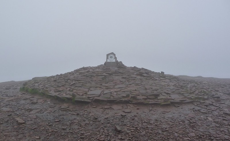 30137 - Pen y Fan, Welsh3Peaks
