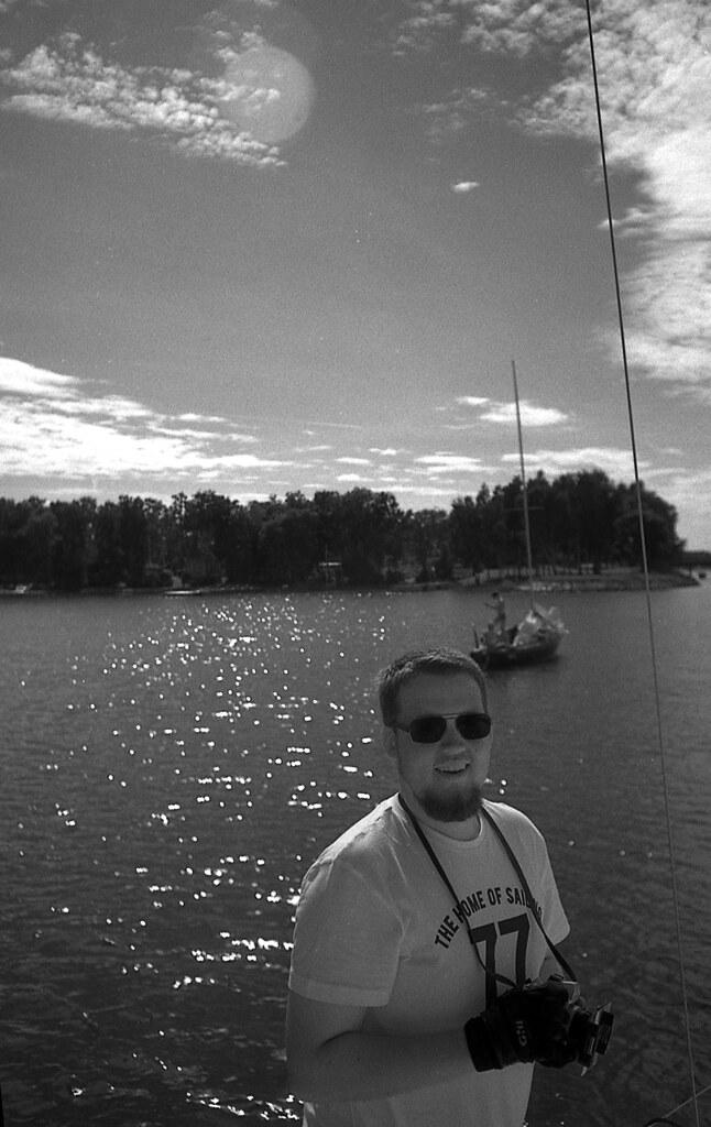 Henrik posing with SRT101