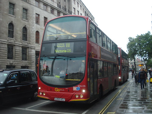 London General WVL135, Route 11, Trafalgar Square