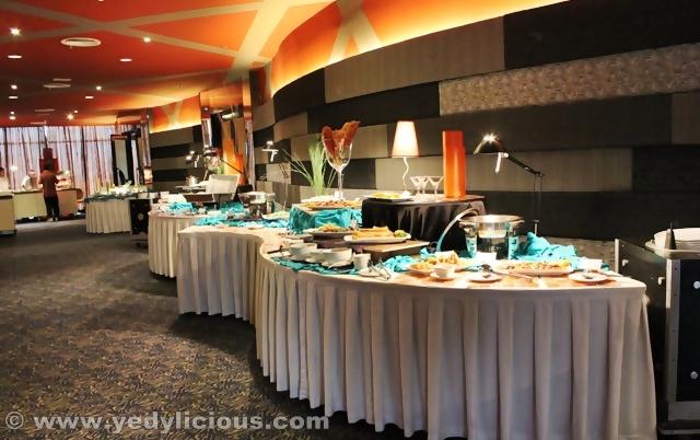 3-copyright-yedycalaguas-yedylicious-manilafoodblog-gloriamaris-banquethall-gateway-mall-cubao