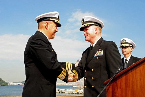 Capt. Will Pennington turns over command of U.S. 7th Fleet flagship USS Blue Ridge (LCC 19) to Capt. Richard McCormack