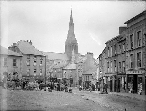 ireland horse church market donkeys 19thcentury spire jordan asses marketstreet hore carts wexford whelan stalls marketsquare butchers enniscorthy glassnegative leinster markethouse victuallers gaslighting nationallibraryofireland carcases mryan jkenny staidanscathedral toneill ahpoole poolecollection arthurhenripoole mdonohoe jacobboardman