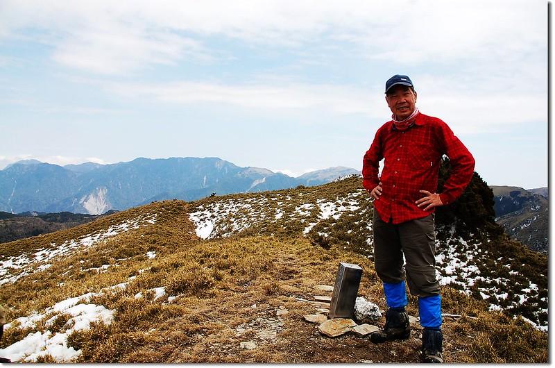 可樂可樂安山頂(Elev. 3525 m)