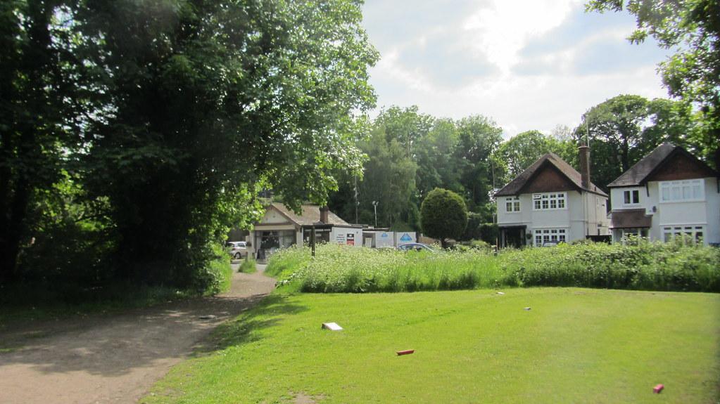 Hotels Near Sandown Park Racecourse