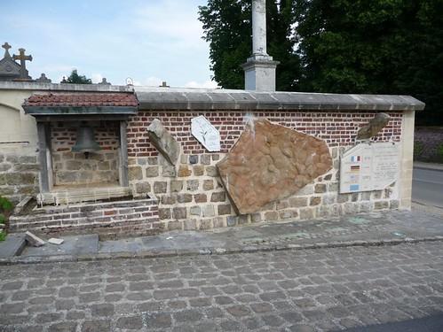 Monument Clastres 1