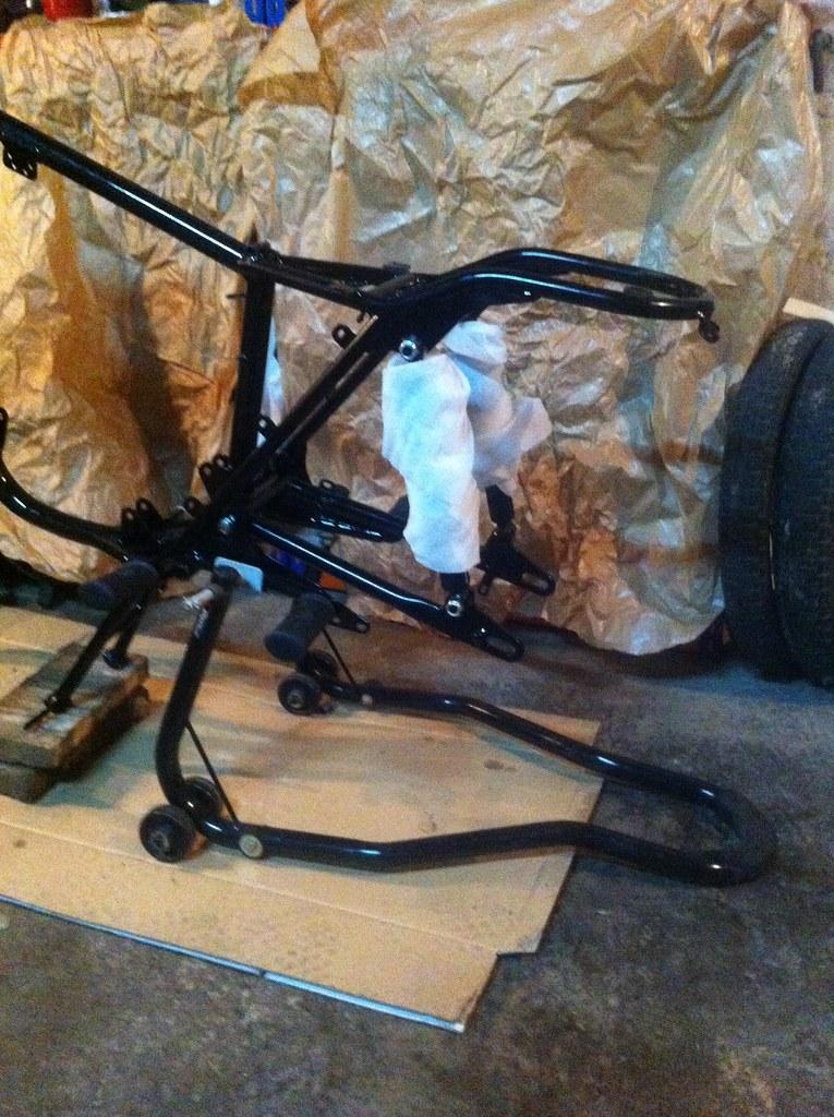 Restauración de una Impala Turismo: Montando el eje trasero