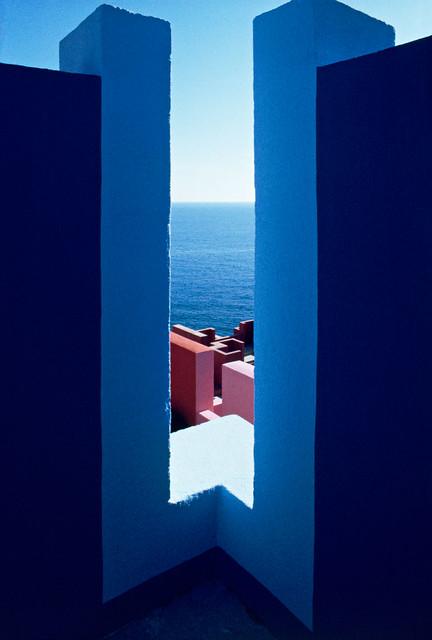 Muralla_Roja_Calpe_Spain_Ricardo_Bofill_Taller_Arquitectura_30
