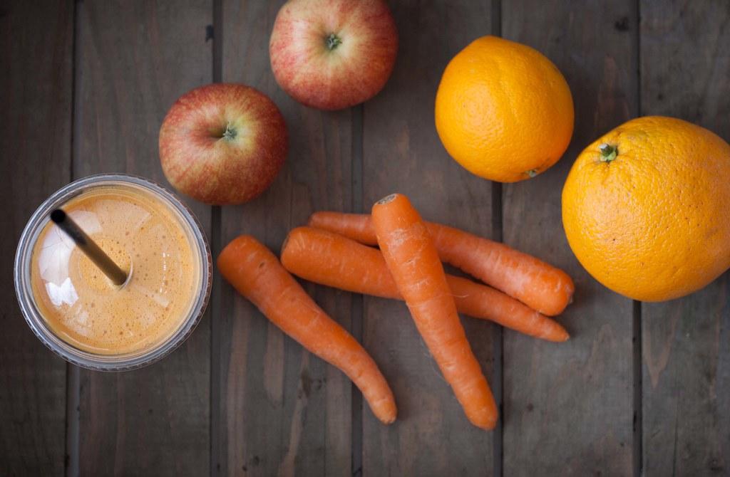 Gulerodsjuice med æble og appelsin (4)