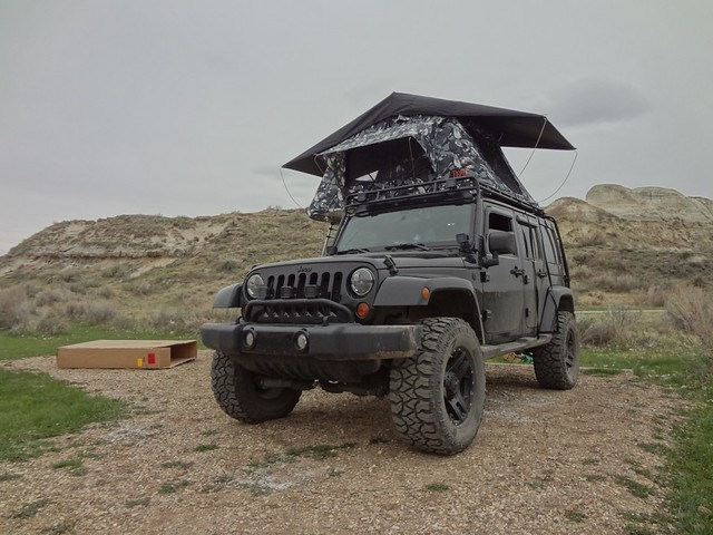 With Gobi Stealth rack Rigid Dually D2u0027s (2 on the rack with smoked covers) and roof top tent. & JK with roof racks - Jeep Wrangler Forum