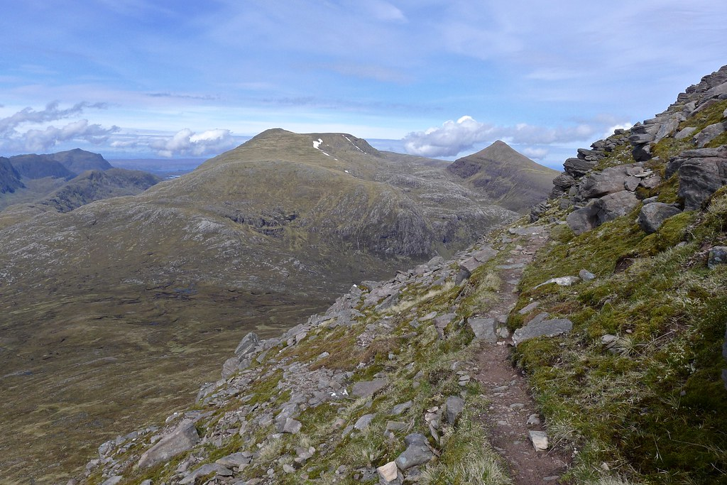 Pinnacles bypass path on Beinn Tarsuinn