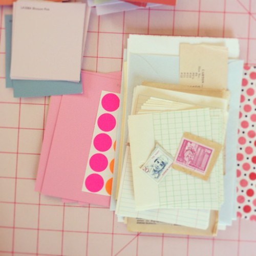 P is for pink polka dots and putting together class kits for painted pages workshop! pow! @poppytalk