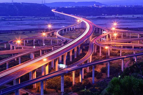 bridge canon landscape highway taiwan getty taichung express 台灣 建築 風景 hy gettyimages bai interchange 台中 清水 攝影 交流道 國道 三號 fave50 四號 5d2 清水交流道 chingshuei hybai