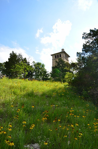 statepark tower landscape outdoors scenic missouri wildflowers ozarks stateparks hahatonka wildflowerwatertower