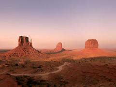Monument Valley Navajo Tribal Park (Arizona - Utah)