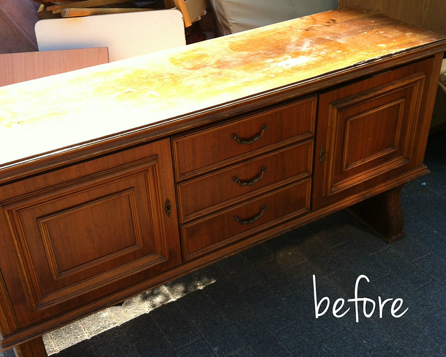 credenza_makeover_before