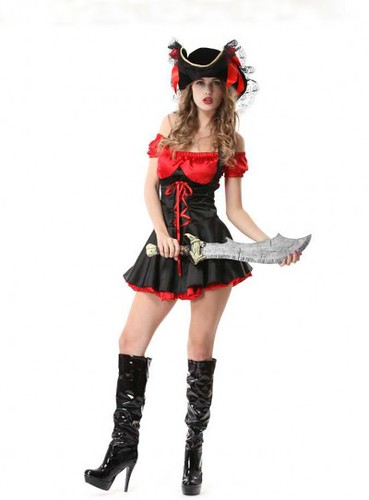 woman-adult-vixen-pirate-wench-sexy-halloween-costume