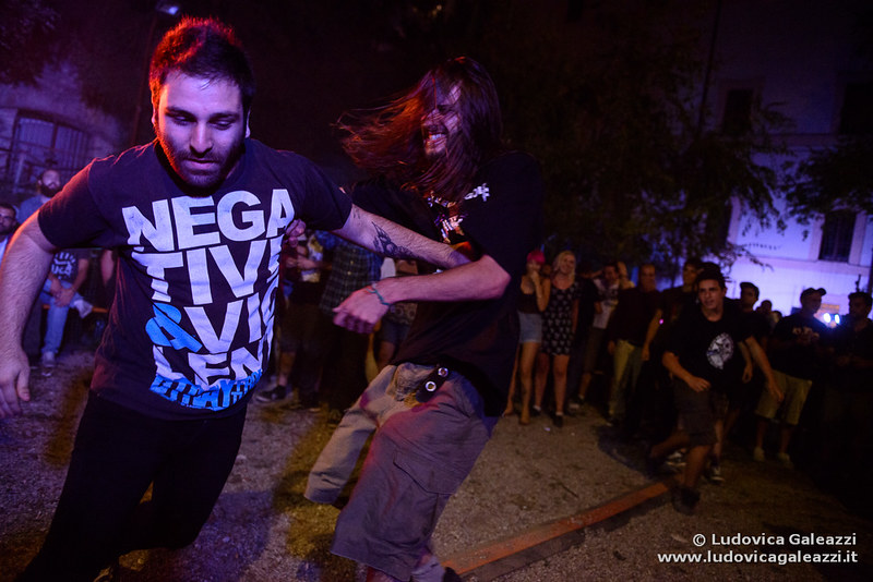 live moshing at the festival - Photo by Ludovica Galeazzi