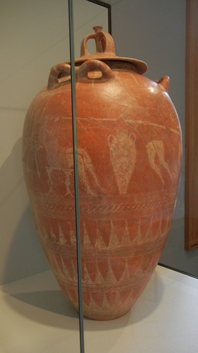 DSCN7390 _ Lidded Storage Jar with the Blinding of Polyphemos, Etruscan, 650-625 B.C., Getty Villa, July 2013