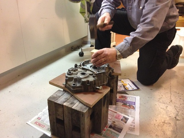 Removing crankshaft