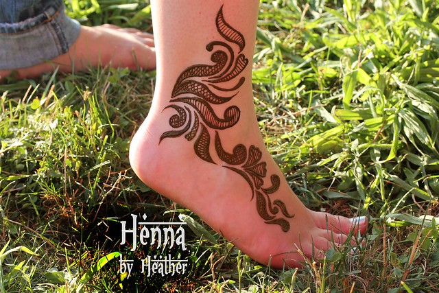 Latest Foot Mehndi Design