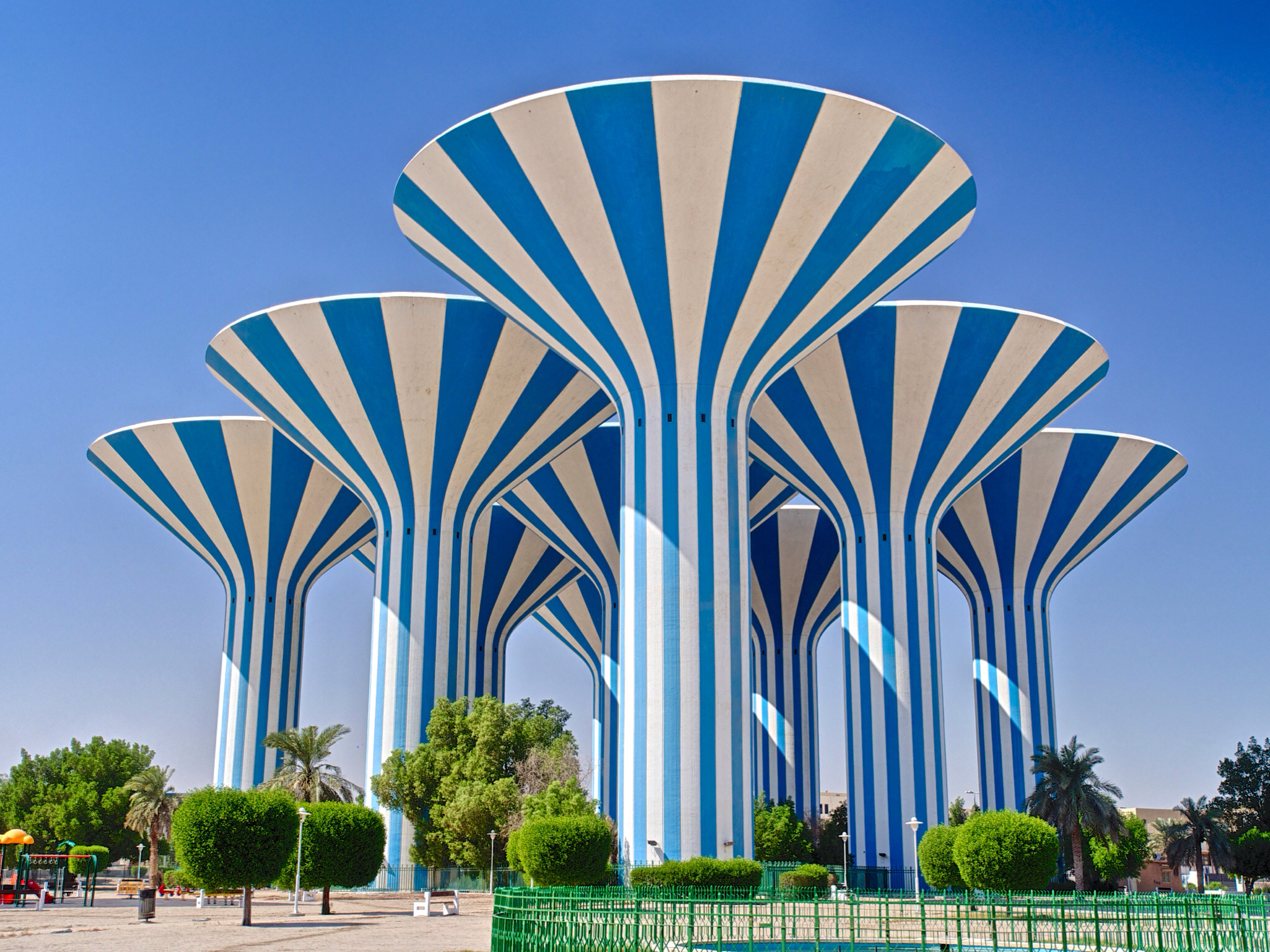 Kuwait water towers | Flickr - Photo Sharing! All Sizes Water Towers Kuwait Photos