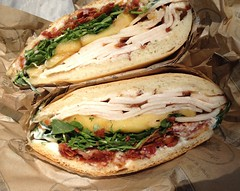 blt, sandwich, bread, muffuletta, meat, food, dish, cuisine,
