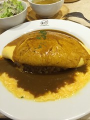 gravy, meal, stew, breakfast, curry, omurice, food, dish, cuisine, omelette,