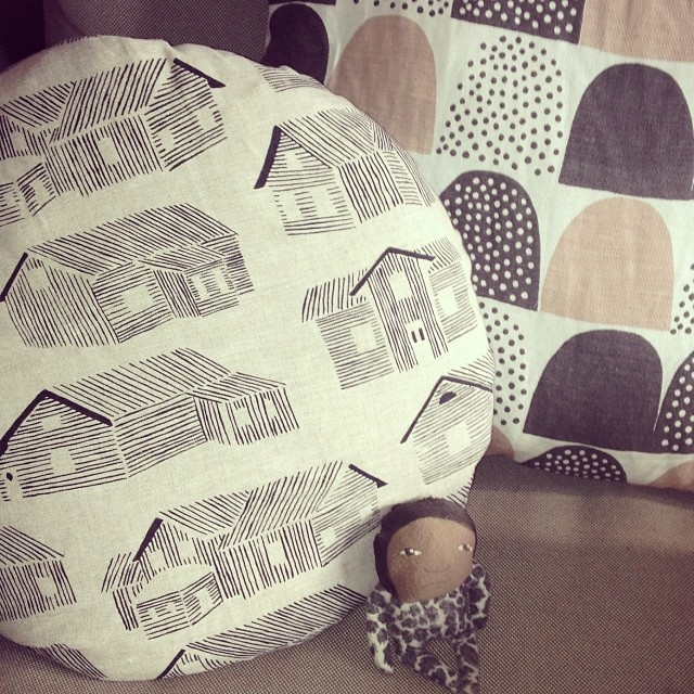Lovely new hand printed cushion by @rosiemoss_ . Love it rosie!