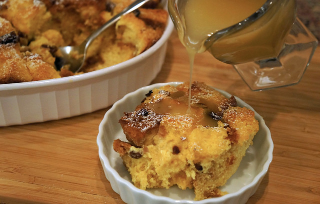 bread pudding bourbon sauce