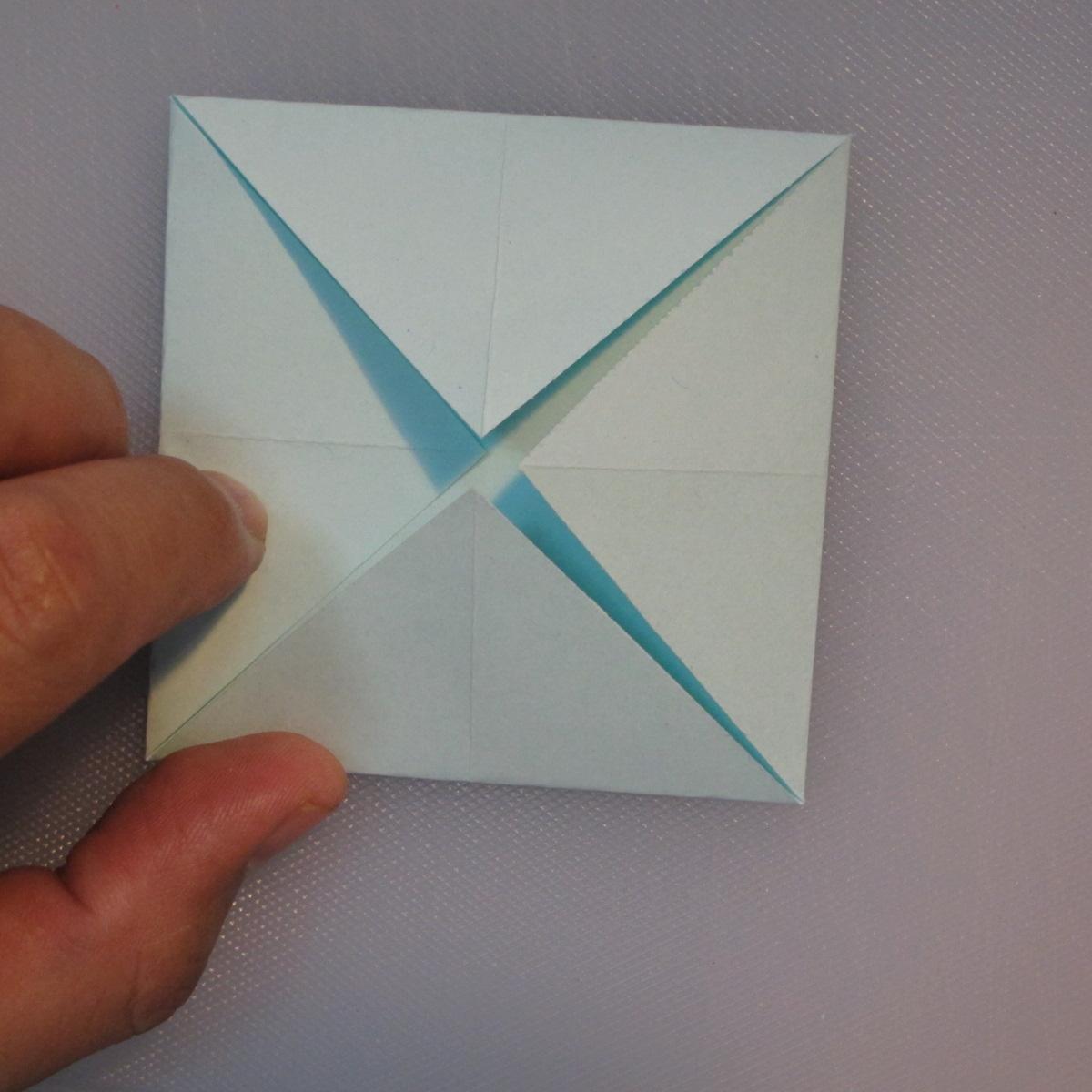 วิธีการพับกระดาษเป็นรูปโบว์ติดกล่องของขวัญ 003