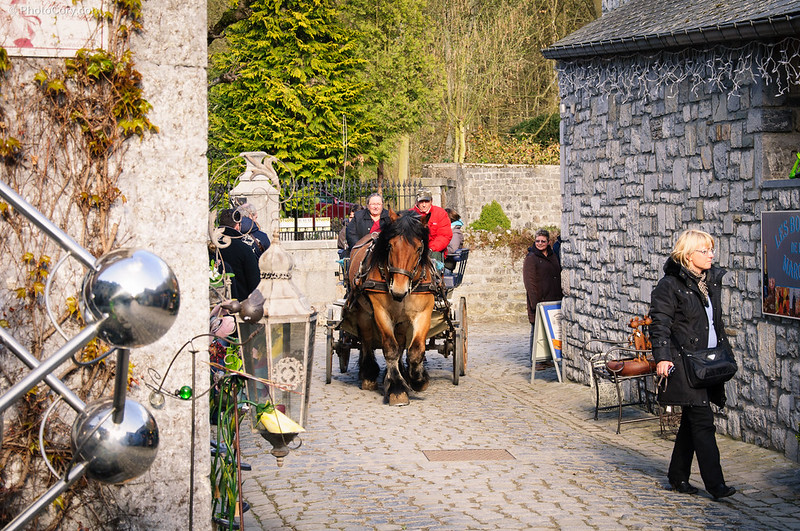 horse and carriage in Durbuy