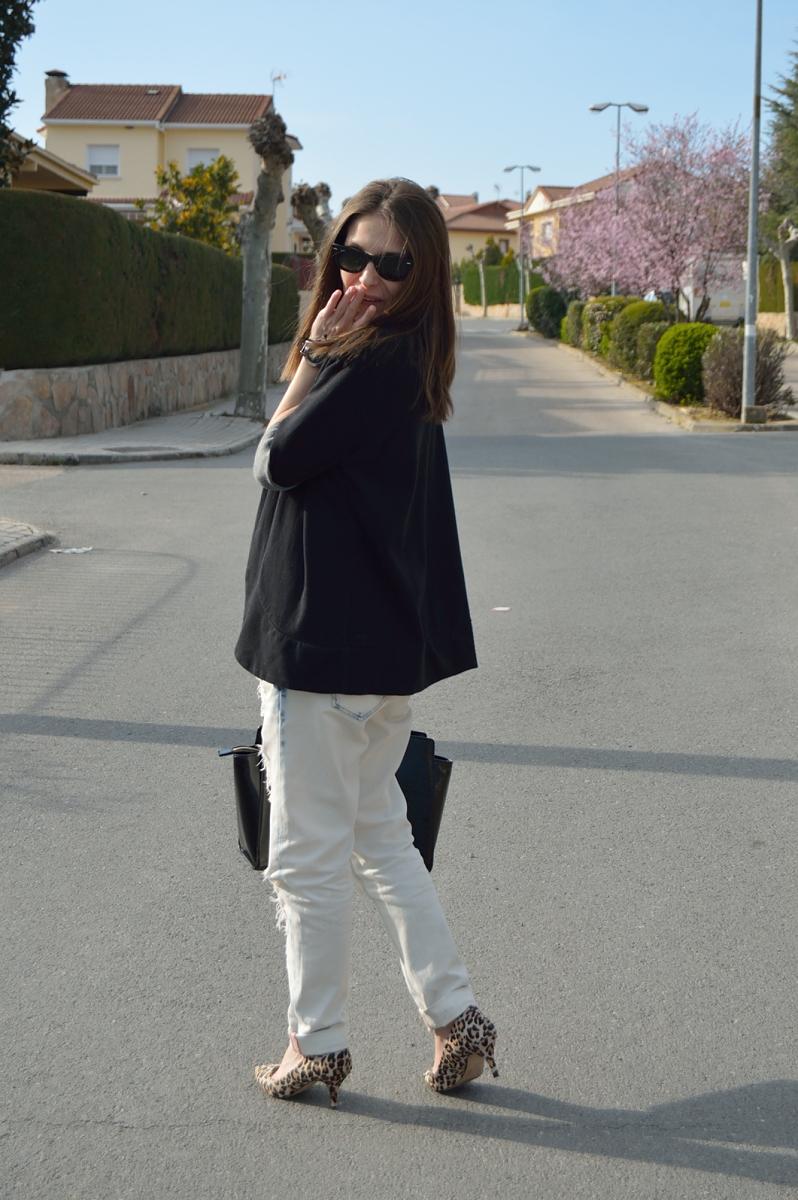 lara-vazquez-madlula-blog-white-look-sunny-day-outfit